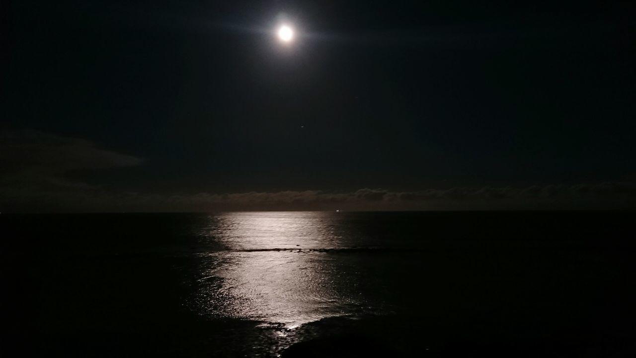 Night Nightphotography Moonlight Moon Ocean Sea Dark Northern Ireland Ballyhalbert Reflection