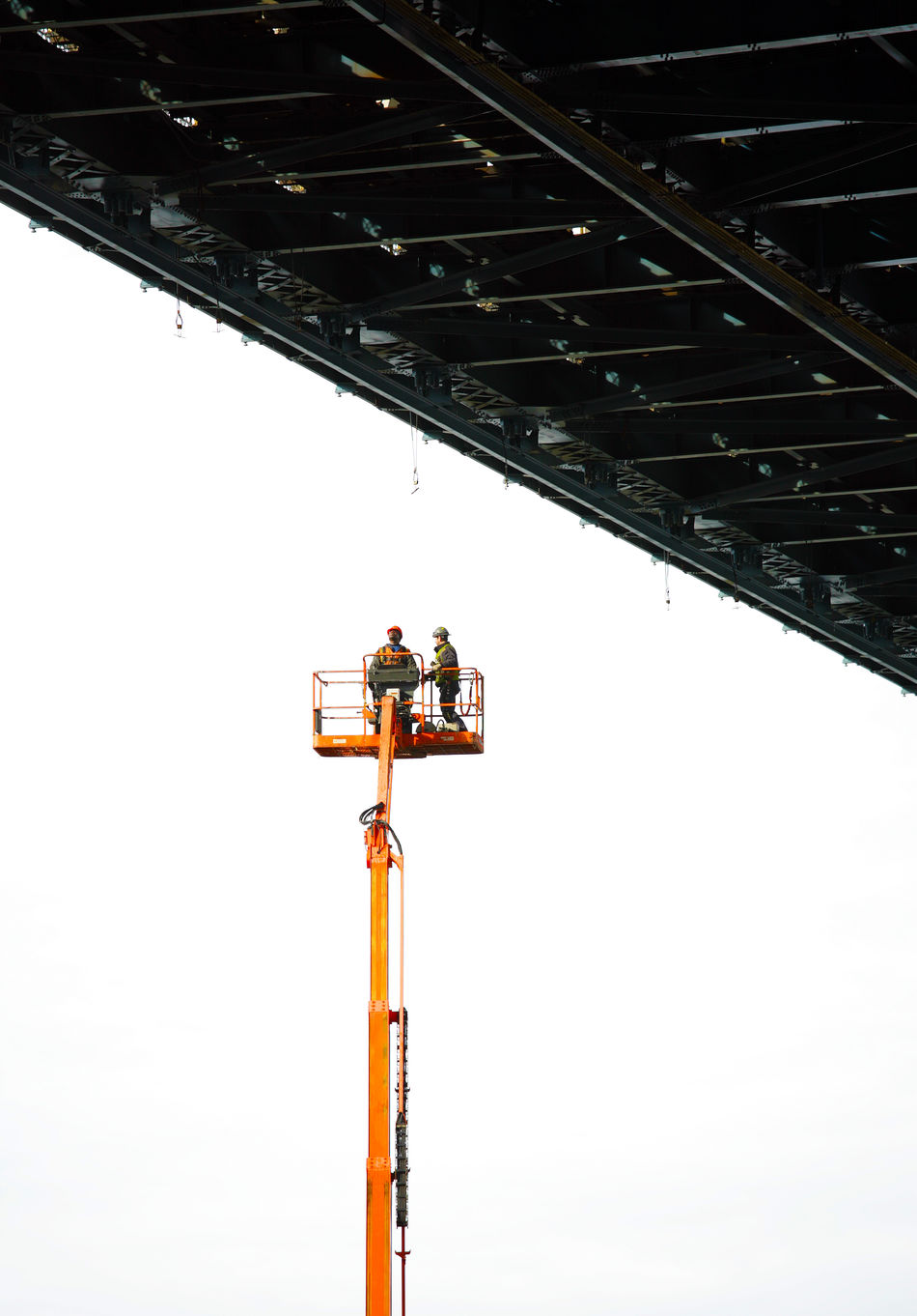 Bridge Bridge Maintainance Construction Crane Crane - Construction Machinery Day Maintenance Manhattan Bridge New York City Outdoors Suspended In Air Thrillseeker Work Just Hanging Out Maintenance Work Suspended Finding New Frontiers Adapted To The City Flying High