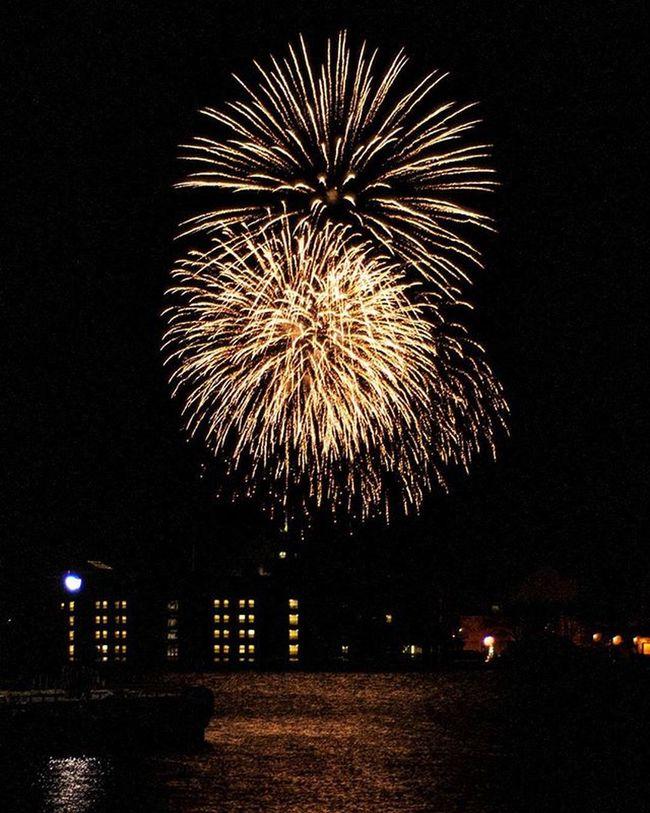 NYE2015 NYE Nikon Ygk Fireworks Downtownkingston