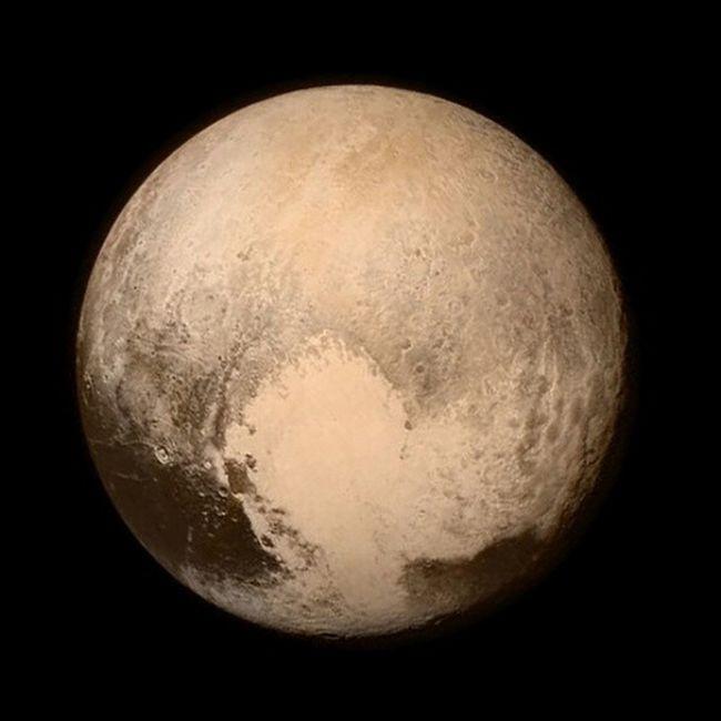 Hello Pluto !! Plutoflyby NASA NewHorizons