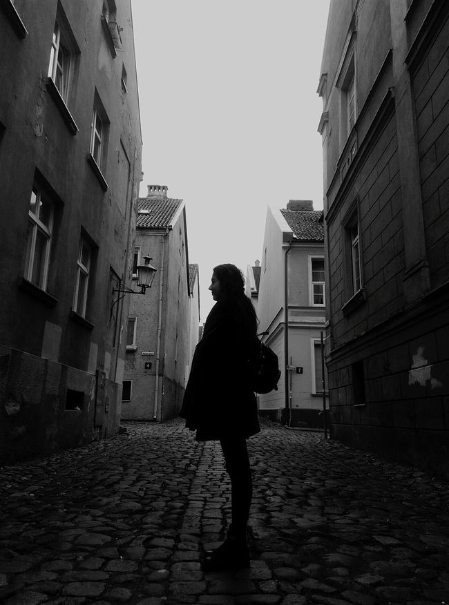 One Person City Only Women Architecture One Woman Only People Outdoors Building Exterior Cityscape MonochromePhotography Blackandwhite