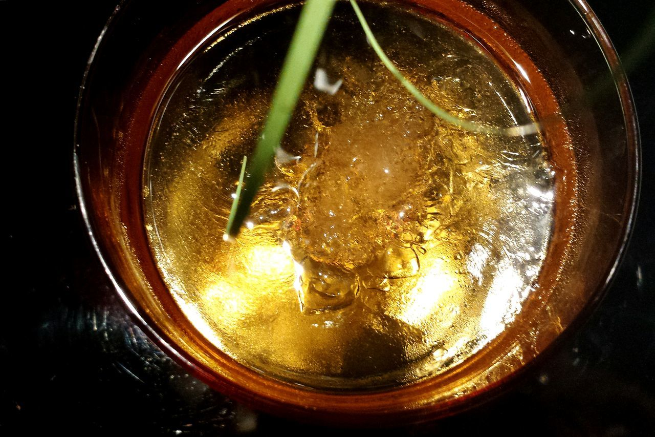 Liquor Liqueur Liquids  Working To A Brief Ladyphotographerofthemonth 43 On Ice 43 Golden Moments Liquid Gold Golden Colours Beliebte Fotos Golden Colour Showcase June Food And Drink Drinks Enjoying Life Glittering 43er Universe Have A Drink Check This Out Reflections Crushed Ice Still Life Golden Liquide Stillleben Drink