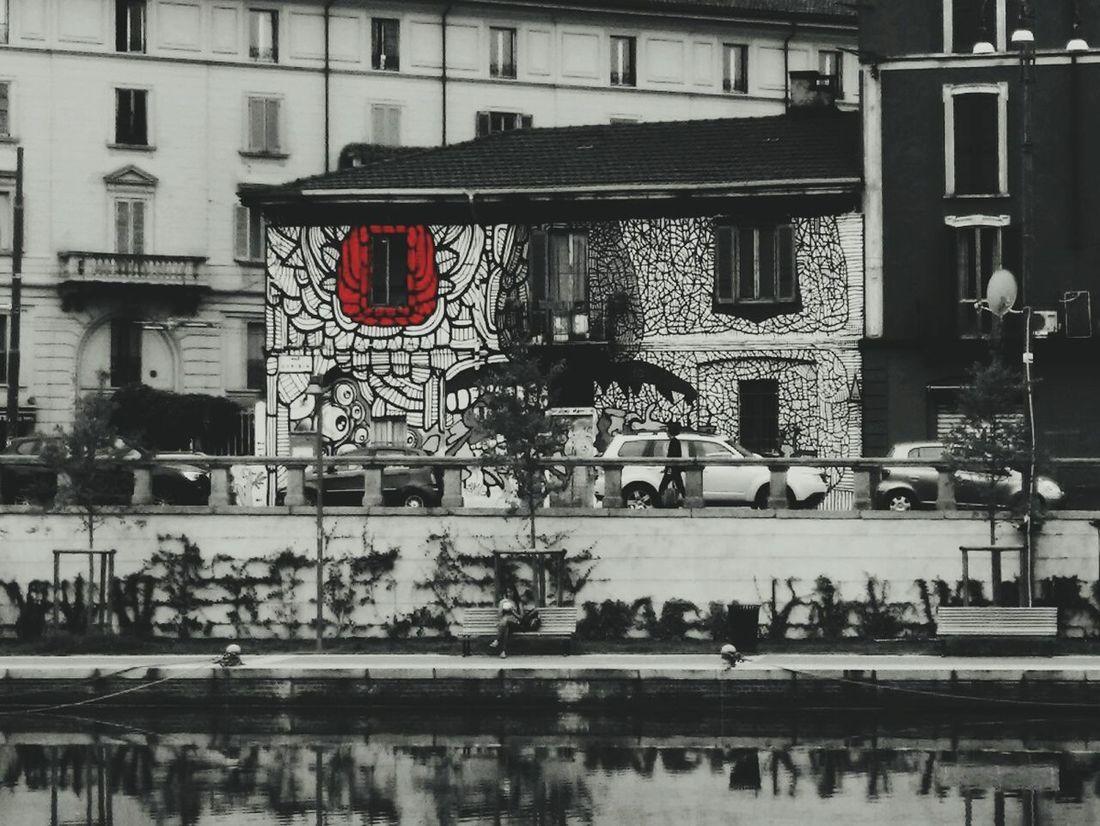 Streetphotography Streetart Streetphoto_bw Edit Artistic Expression Milan Milanocity Darsena City City Street City Life Walking Around The City  Walk EyeEm Gallery Urban Exploration Blackandwhite Blackandwhite Photography