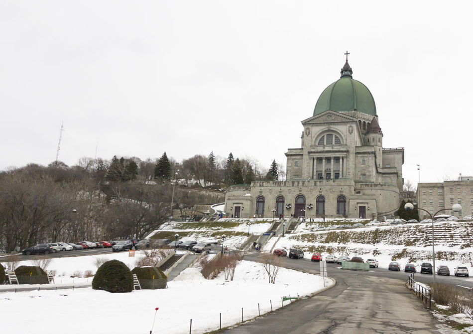 Saint Joseph's Oratory of Mount Royal in Montreal, Quebec Canada. This Roman Catholic basilica overlooking Montreal is the third-largest church building in the world. Religious  Basilica Cathedral Catholic Catholic Church Christianity Church Cold Temperature Dome Faith Landmark Montreal, Canada Montréal Oratoire St-Joseph Oratorium Oratory Quebec Quebec City Quebec, Canada Religion Saint Joseph Saint Joseph Church Saint Joseph Oratory Spirituality