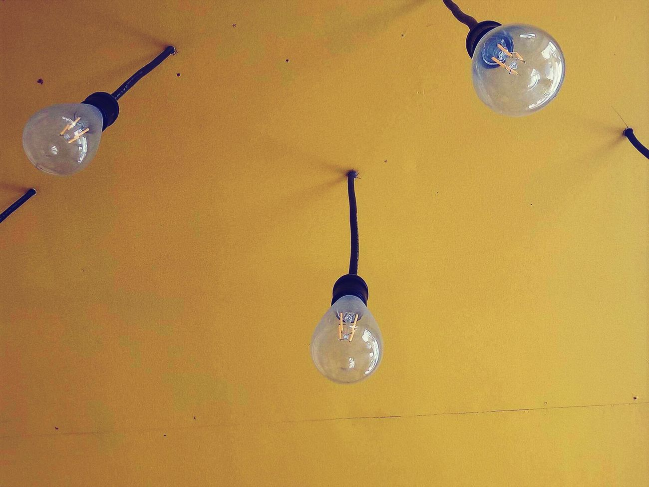 Hangingbulb Yellowpaint PizzaHauz Sunday Afterschool