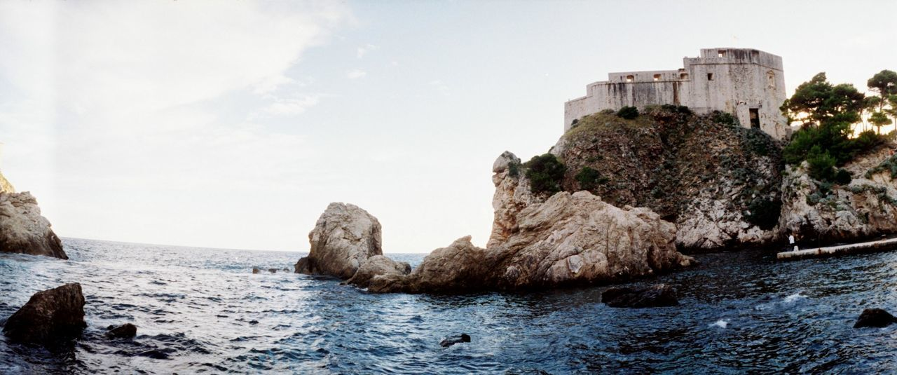 Beautiful stock photos of castle, Architecture, Backlit, Built Structure, Castle