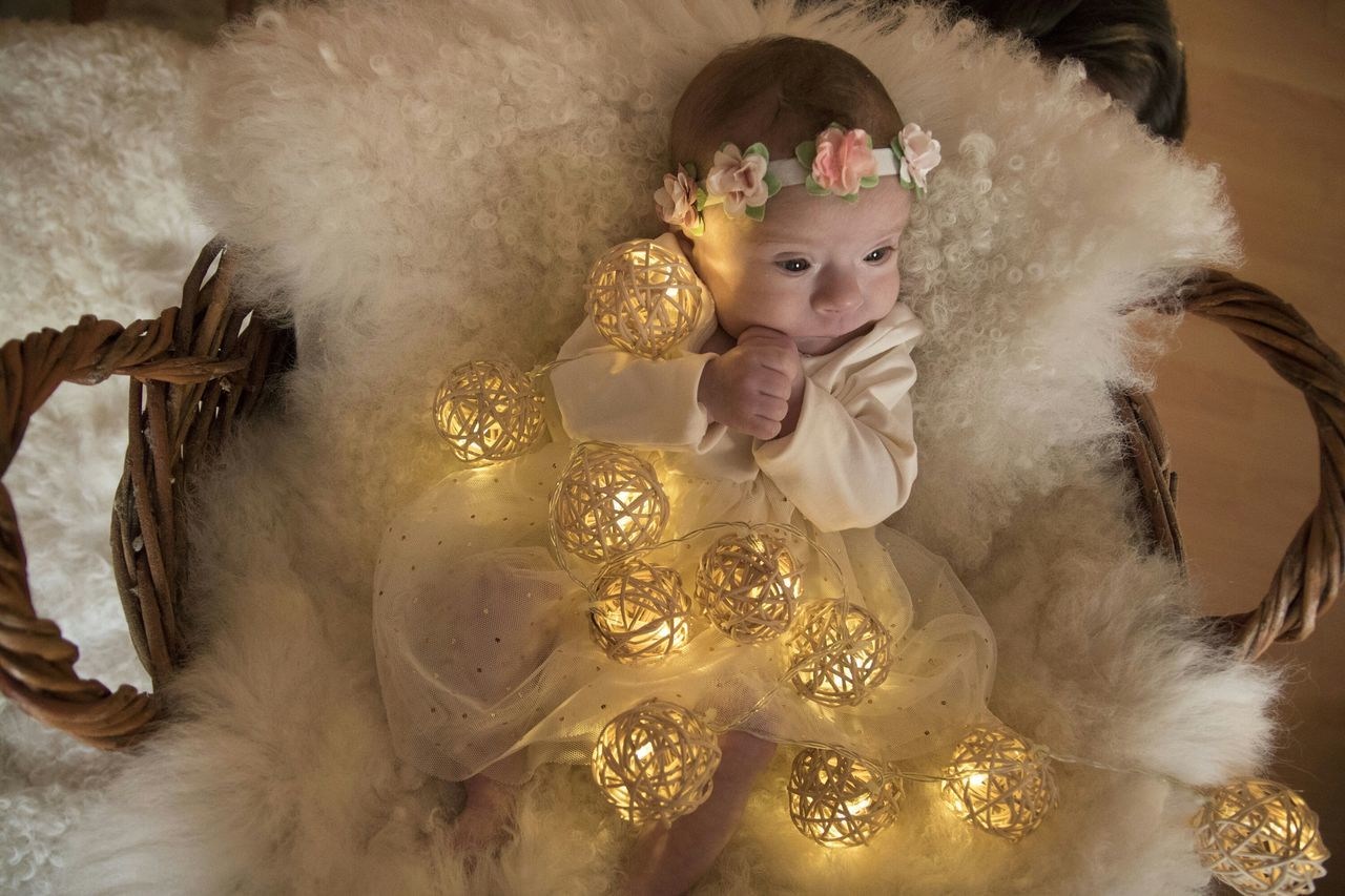 Gold Colored Gold Beauty One Person People Portrait Adults Only Close-up Indoors  Childroom Celebration PHOTO DECORATION Happiness Child Cute Fragility Baby Looking At Camera Day Dreaming Babygirl Baby Love