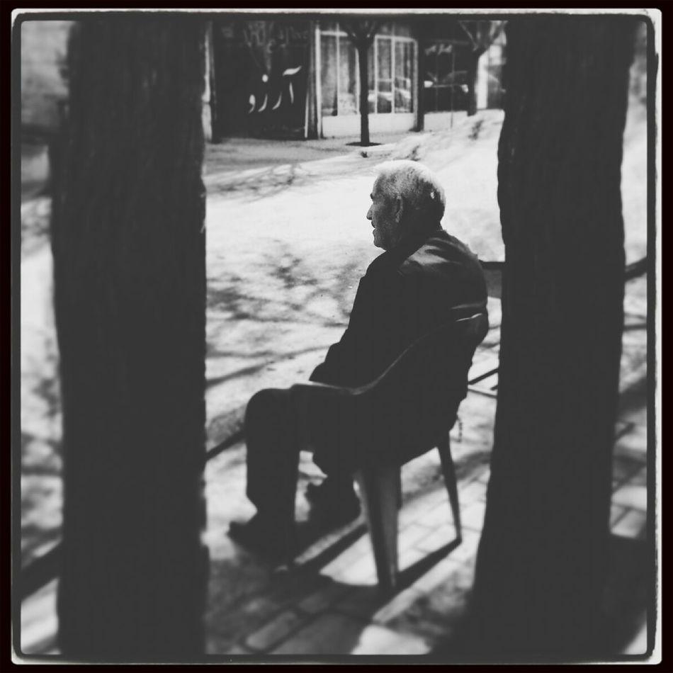 solitude Blackandwhite Wating! Alone...