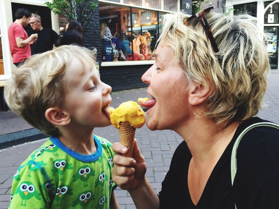 RePicture Motherhood Ice Cream Sharing  Love Enjoying Life Share The Meal