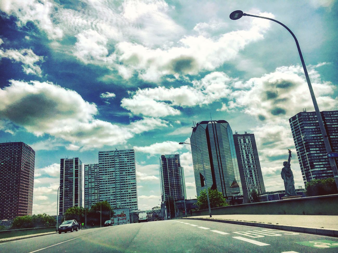 Bridge Grenelle Buildings Street City Cityscape Urbanphotography Statue Of Liberty Clouds Sky Light And Shadow Paris Mmaff From My Point Of View Eye4photography  EyeEm Gallery Taking Photos Hello World