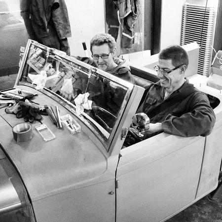 Provsitter min Ford Roadster Pickup från 1932 inför dagens besiktning. Tags: Sfro Besiktning RatRod HotRod Car Homemade Vintage Cars ThatsMe Instagrampic Blackandwhite