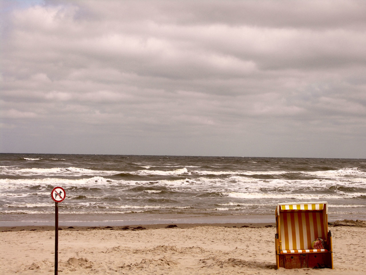 Beach Beach Chair Cloud - Sky Dark Clouds Horizon Over Water Insel Langeoog Nature No People Sand Sea Sky Strand ♥ Strandkorb Water