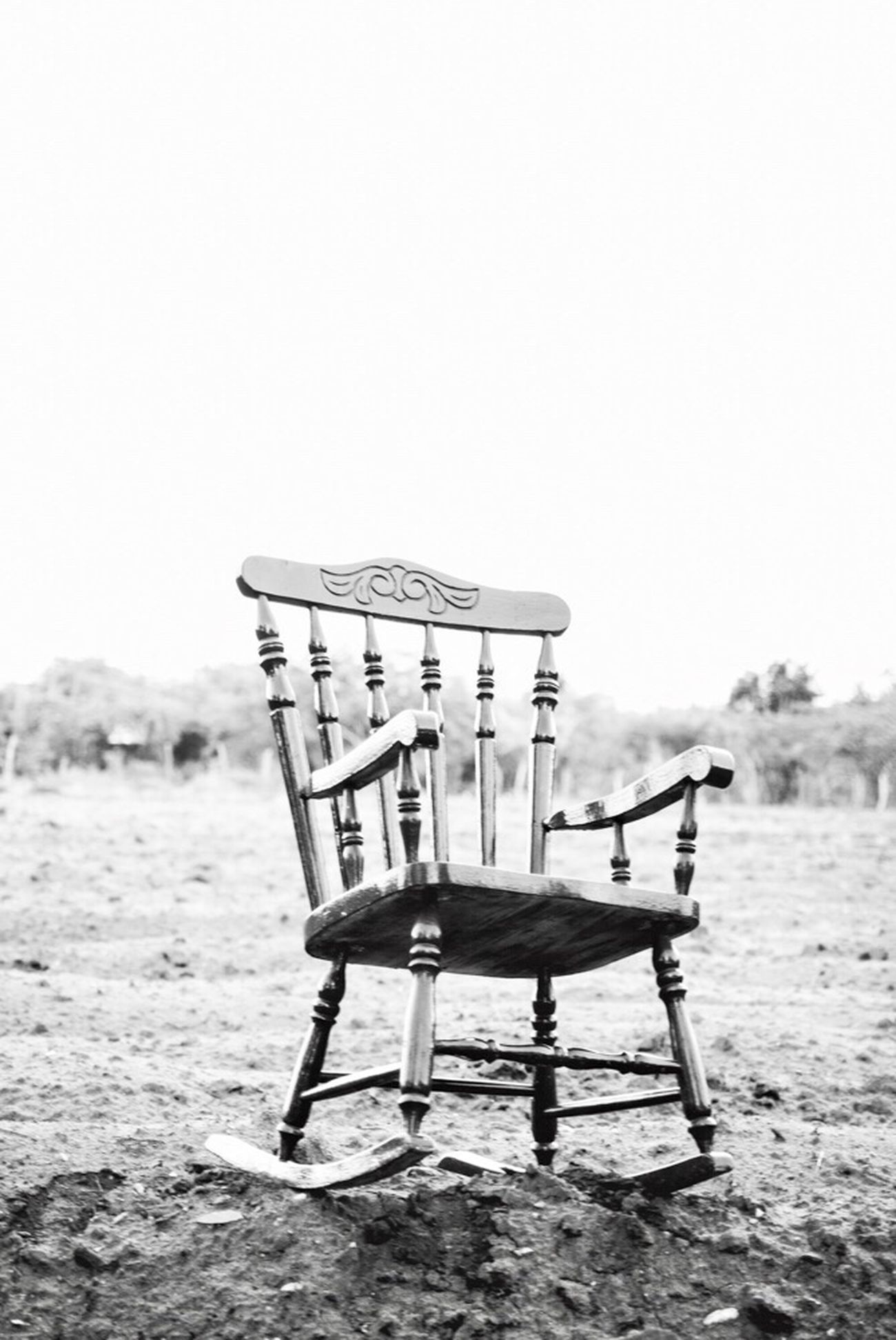 Black and white chair photography - Rocking Chair Blackandwhite Blackandwhite Photography Blancoynegro Contryside Monochrome Photography Monochrome_life