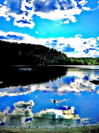 Reflection WaterLake Cloud - Sky Nature Sky Beauty In Nature Scenics Inspiring_photography_admired 2017 Sommergefühle This Week On Eyeem Cover Art Huawei VPS2017 Norway 🇳🇴 TESTING HUAWEI 2017 Uniqueness Colour Contrast Trending Now Unique EyeEm Selects Award Show Eye4photography  Huawei Instagram Your Ticket To Europe The Week On EyeEm Investing In Quality Of Life Perspectives On Nature Postcode Postcards EyeEmNewHere