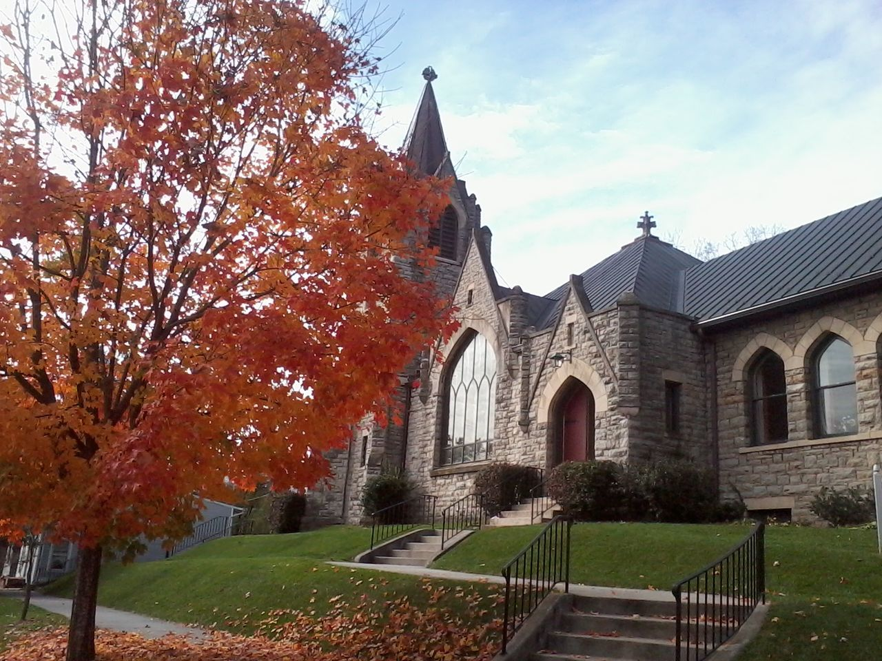 architecture, autumn, built structure, building exterior, tree, change, day, religion, place of worship, outdoors, no people, leaf, sky, grass, spirituality, nature, growth, beauty in nature