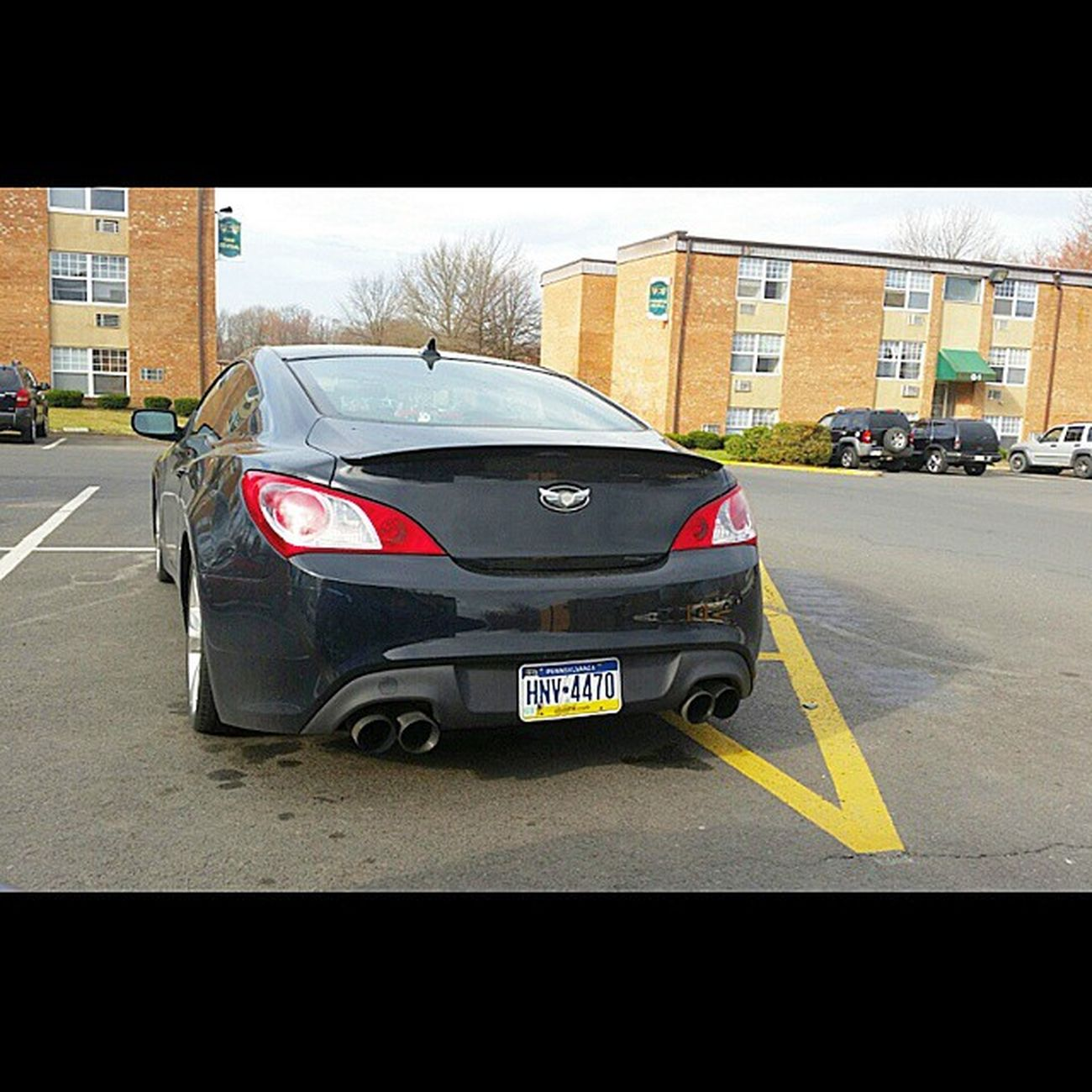 Spotted a genny at a co worker apartments Hyundai Genny Gencoupesociety Genesiscoupe gencoupe_nation