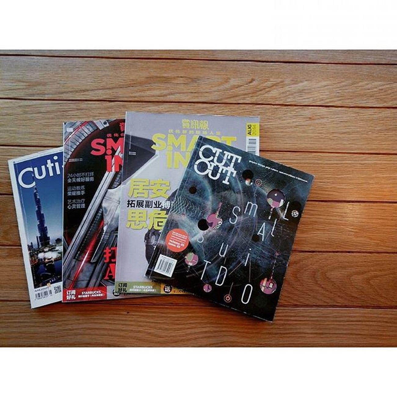 Chillax tuesday. 230915 Tuesday Books Magazines Photography Lenovo Instagram Instapost Instalike Instadaily VSCO Vscofile Vscocam Myalbum