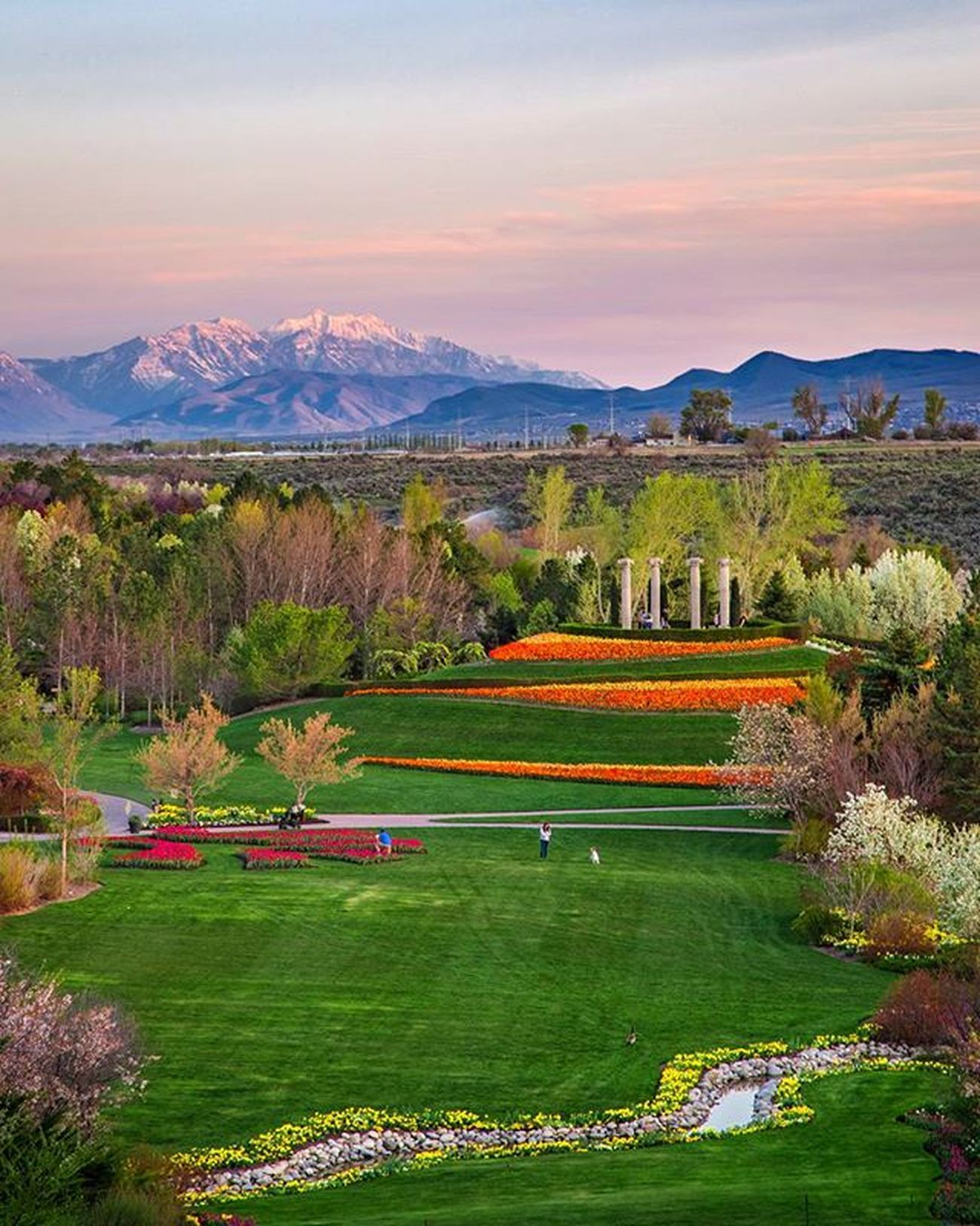 Mount Nebo looking over as spring is in full bloom at the @thankspoint gardens. So many flowers! Tulip Springishere Thanksgivingpoint Tulipfestival Flowers Utah Visitutahvalley Sunsets Wasatch Mountaincrushmonday