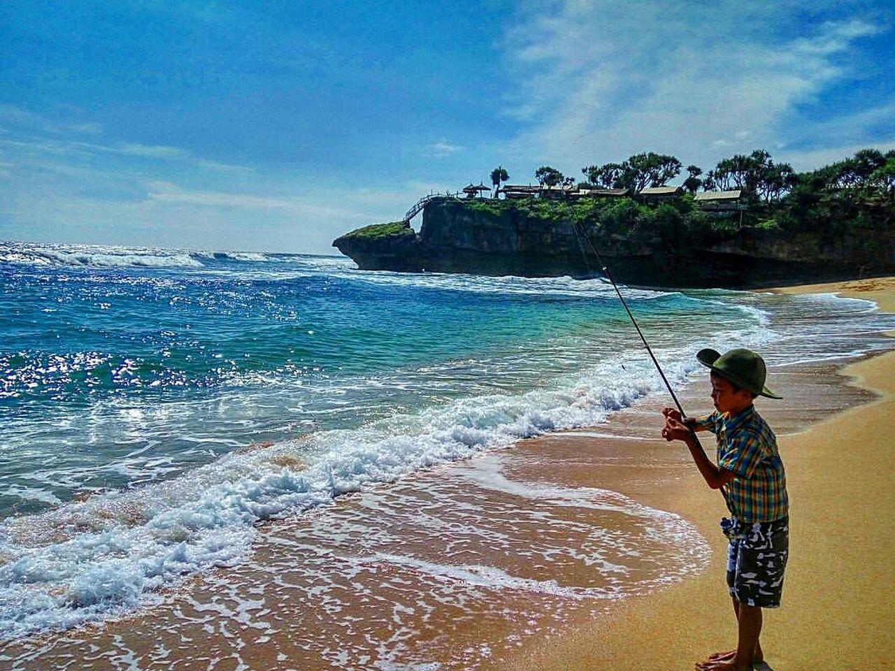 Blue Wave, Inframe: The Fishermen Boy
