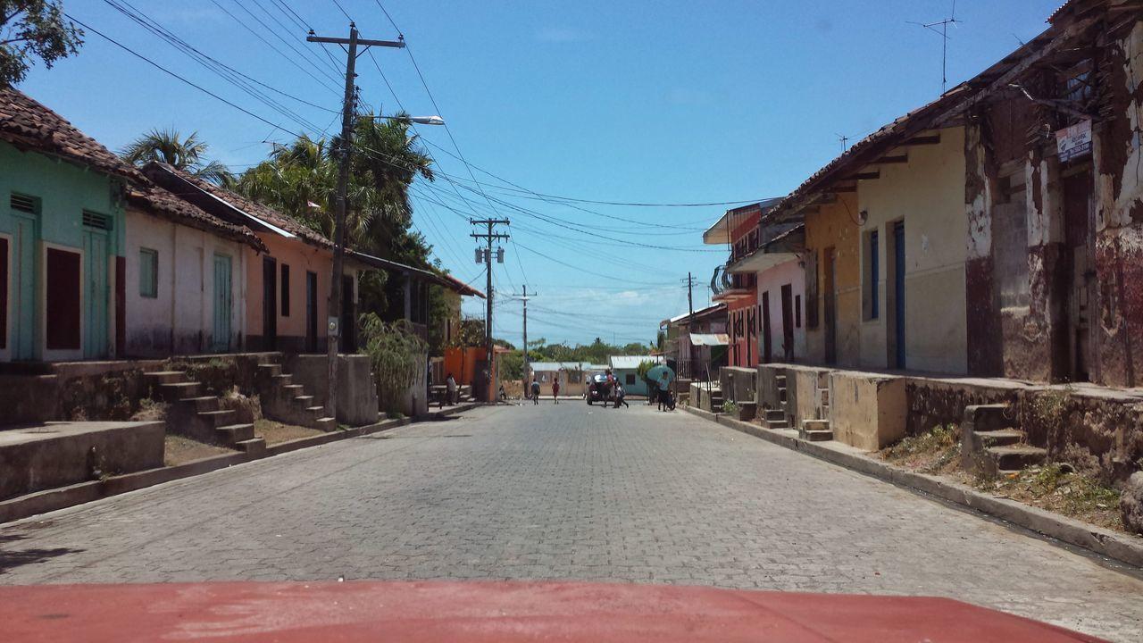 Travelerslife Architecture Street Outdoors Nicaragua Tierra De Lagos Y Volcanes Building Exteriorand Bariotown León, Nicaragua