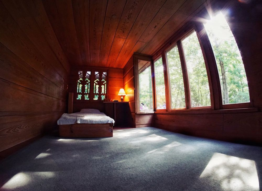 Emty Room Bedroom Frank Lloyd Wright Architecture Window Indoors  Day Built Structure Sunlight Home Interior Classic Architecture Historical Building