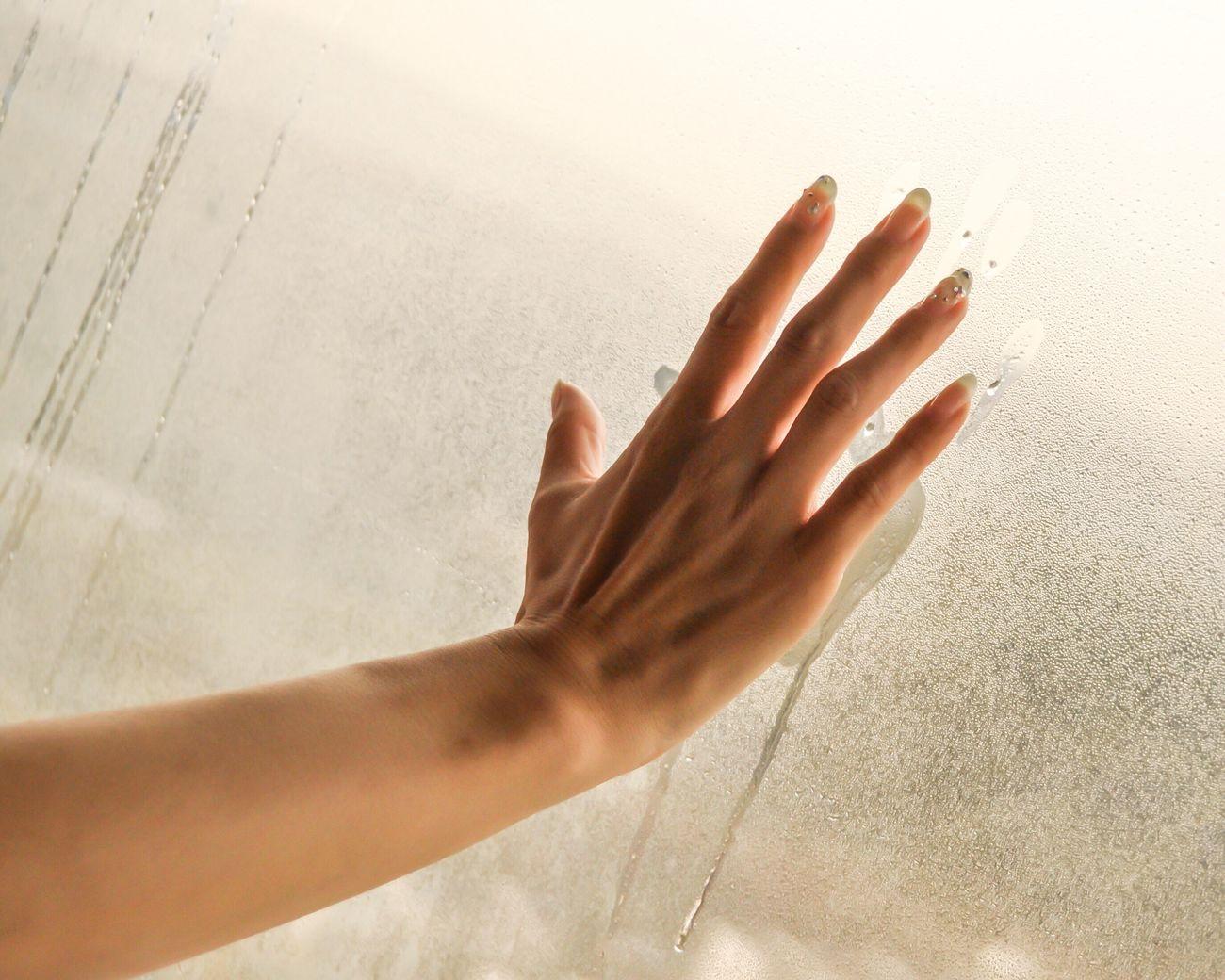 AWOI Hand Fingers Window