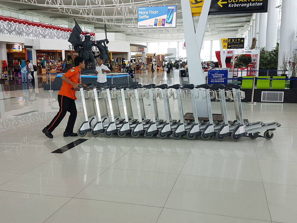 Full Length Adults Only One Person Indoors  Trolley Trolleys Trolley Train Trolley Service Trolley Handle Second Acts