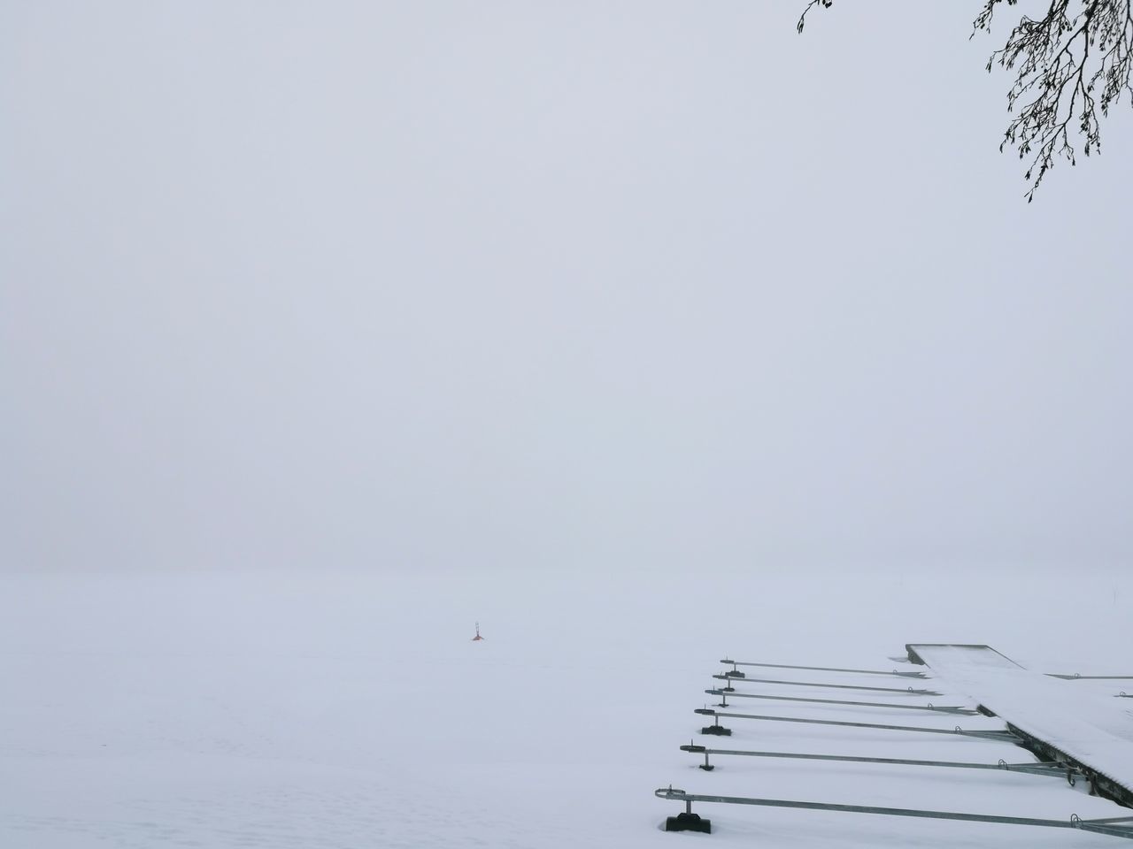 Water No People Outdoors Nature Sky Day EyeEmNewHere Finland Savonlinna Finland Finlande Finland Savonlinna Finland_photolovers FinlandsWinter Tunisia Finlande Finlandlovers Snowing Landscape Finland♥ Winter Beauty In Nature Cold Temperature Tranquility Tree Snow Nature Beach Branch