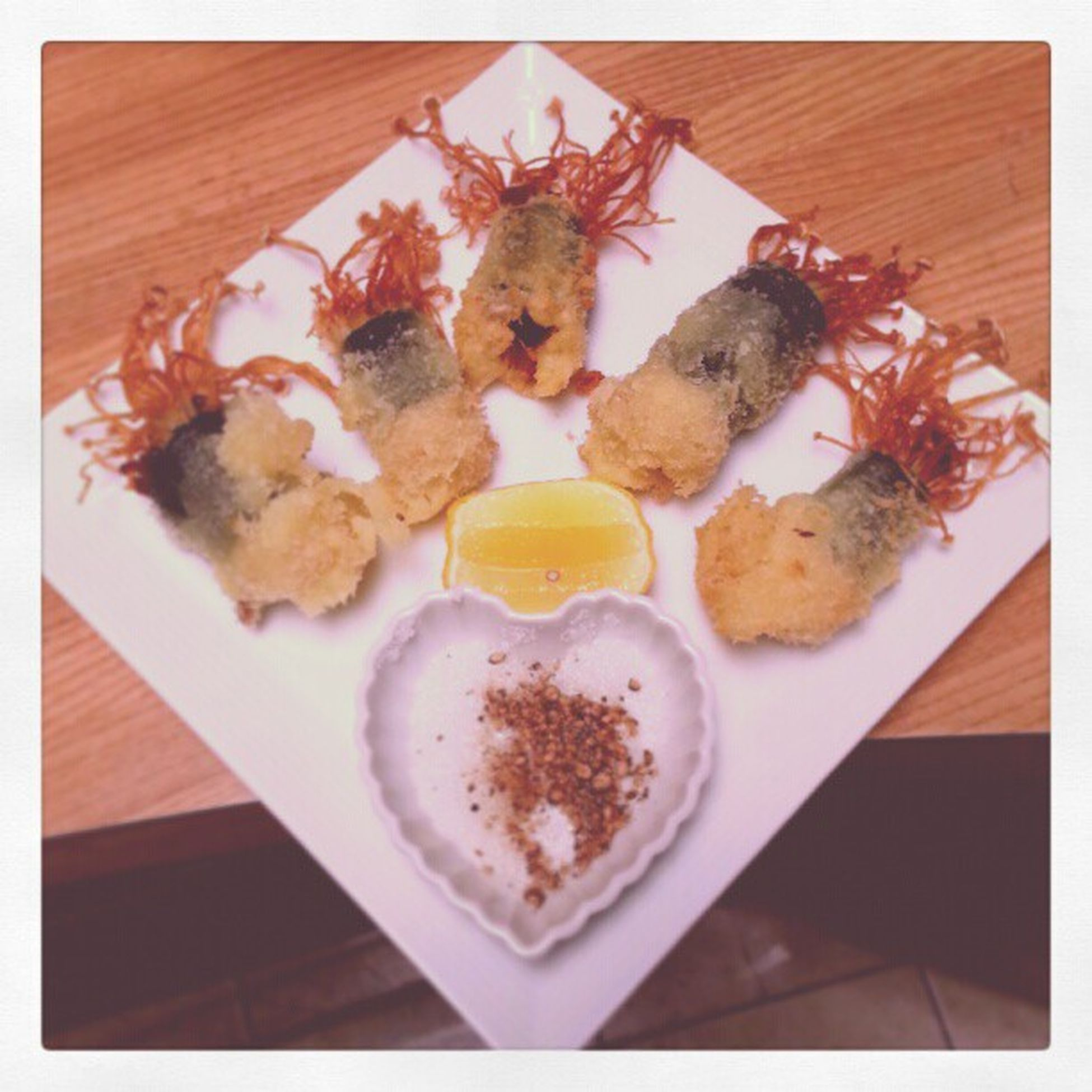 CookingLesson with my mom's friend. She calls it the Sea of Love. Tempura Mushroom Seaweed Ginger Lemon