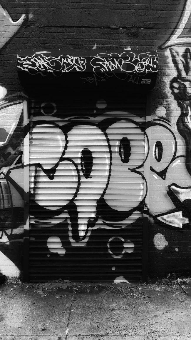 The Glory of Boone - Boone Ave Archives, Bronx , NY - Featured Artist: Cope Taking Photos Check This Out Hello World Graffiti Streetphotography Streetphoto_bw Streetart Bronx Bronx, New York Cope Gritty Grittycity Grittyimages Art Blackandwhite EyeEm Best Shots - Black + White EE_Daily: Black And White