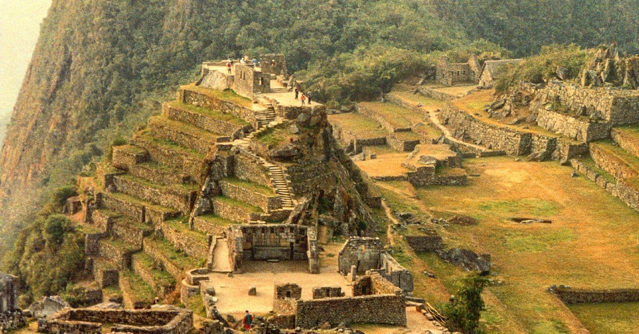 Machu Picchu 📷1994 No People Architecture Machu Picchu Machu Picchu - Peru UNESCO World Heritage Site Peru PÉROU MachuPicchu World 1994 Lanscape Oldcity City City Landscape Archytecture Life Photography History Historic Historical Monuments Historic City Historical Site