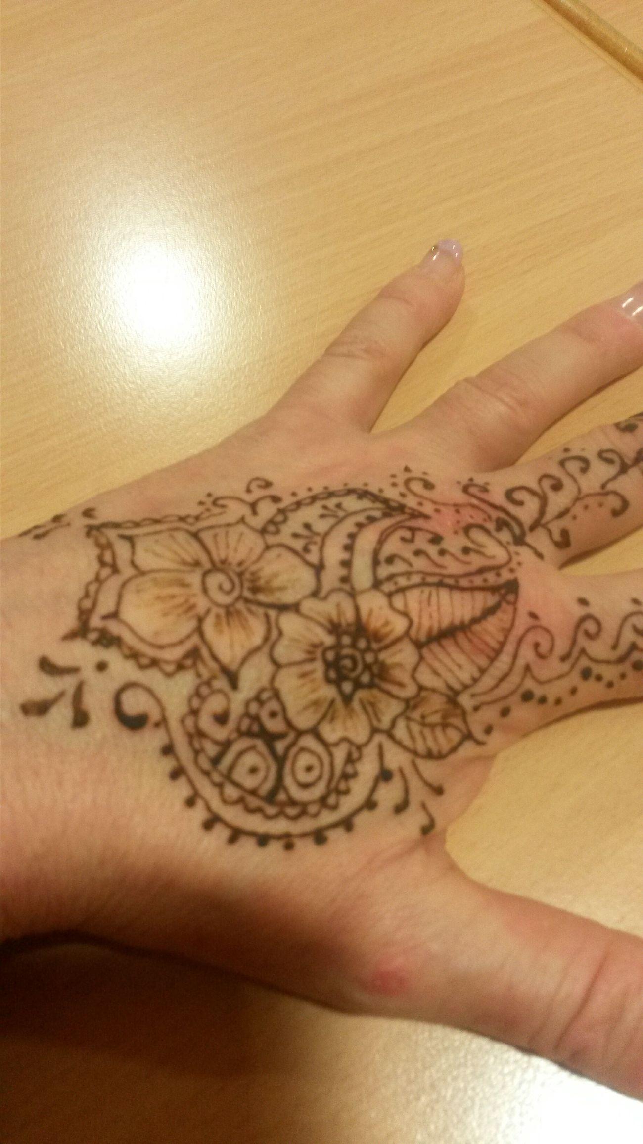 Henna tatooo