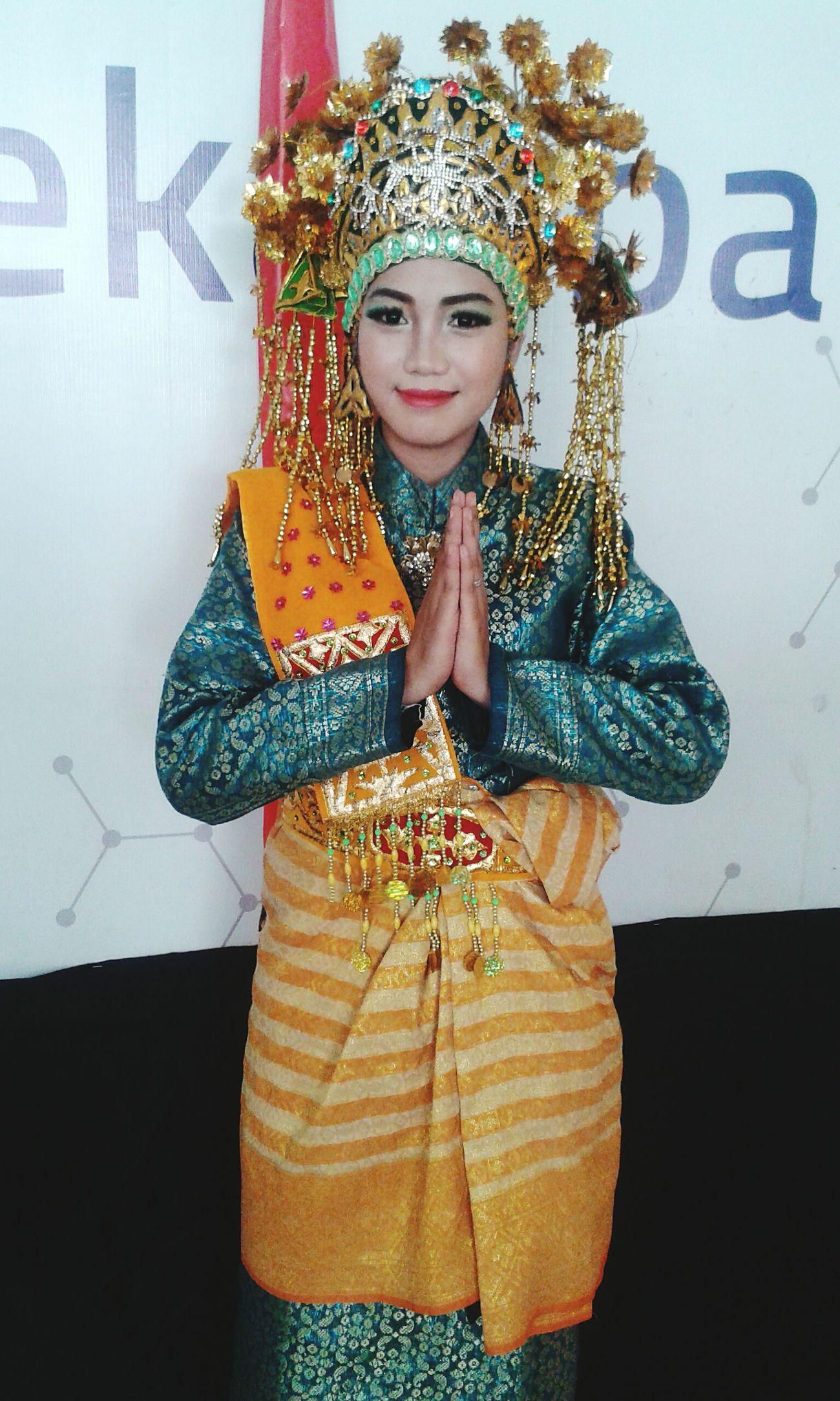 Tari Persembahan Tradisional Dance Etnic Sunting Melayu Melayu Riau Iloveindonesia Explore Exploreindonesia Exploreriau EyeEm Best Shots
