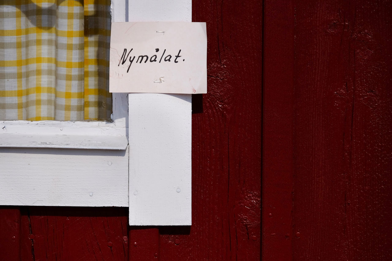 Michael Lindt Close-up Communication Day No People Nymalat Outdoors Red Swedish Lifestyle Swedish Summer Text Wet Paint Window Wood - Material