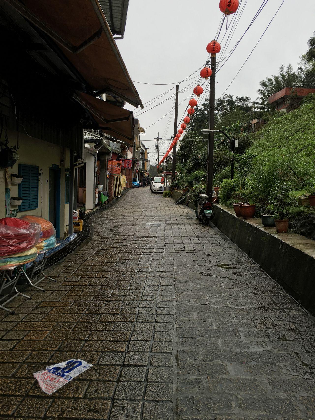 City City Life Empty Long Narrow Walkway