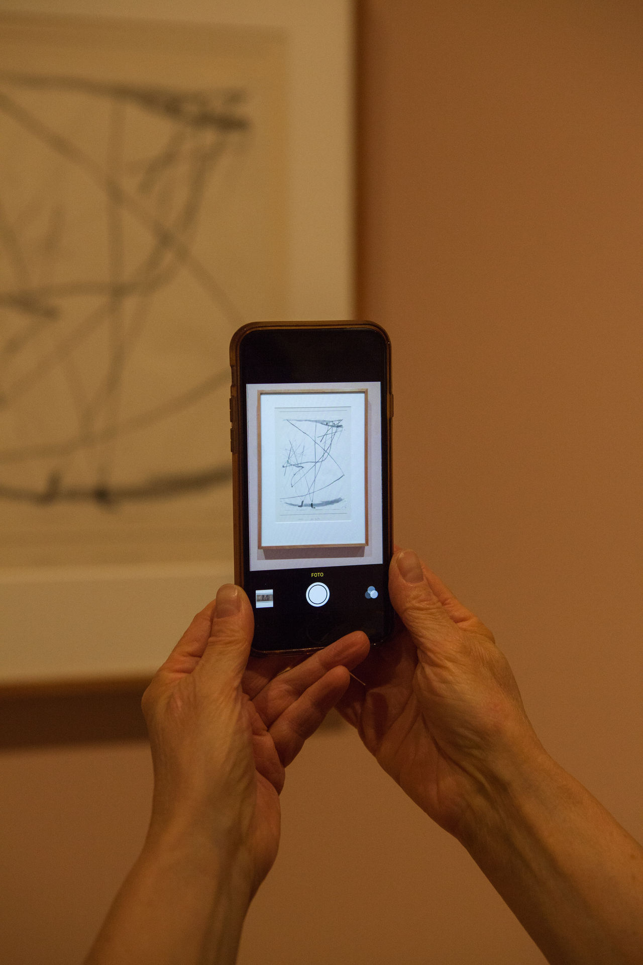 Art Clicking Communication Connection Drawing Frame Frame It! Hands Mobile Phone Museum Part Of Paul Klee Photographing Photography Themes Smart Phone Smartphonephotography Taking Photos Technology Wireless Technology Mobile Conversations Art Is Everywhere