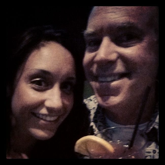 Father Daughter date. Barscene