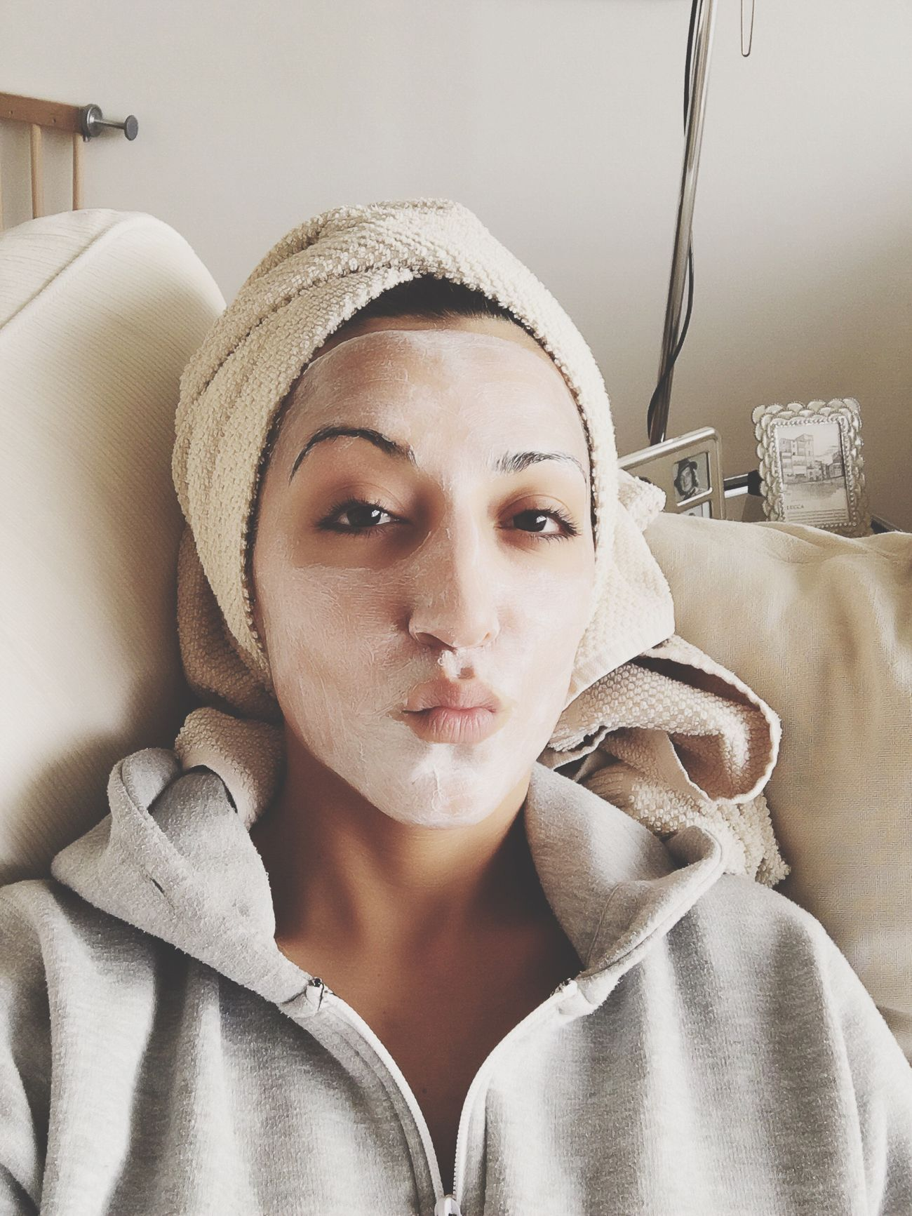 Time To Sleep and Do Something For My Beauty Skin Mask 💅👄💄 Wellness Beauty Relaxing Chilling That's Me Hanging Out Enjoying Life Love Life Skincare Funny Funny Faces Lookingup Cleaning My Face Face Faces Of EyeEm EyeEm Gallery IPhoneography Eye4photography  EyeEm Best Shots
