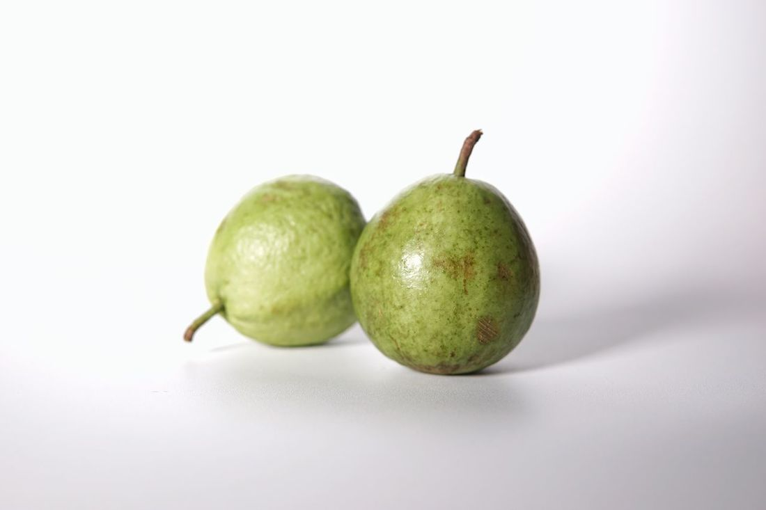 Tropical Fruits Vitamins Freshness Fruit Healthy Eating Green Color Guava  Guava Fruit Guavas
