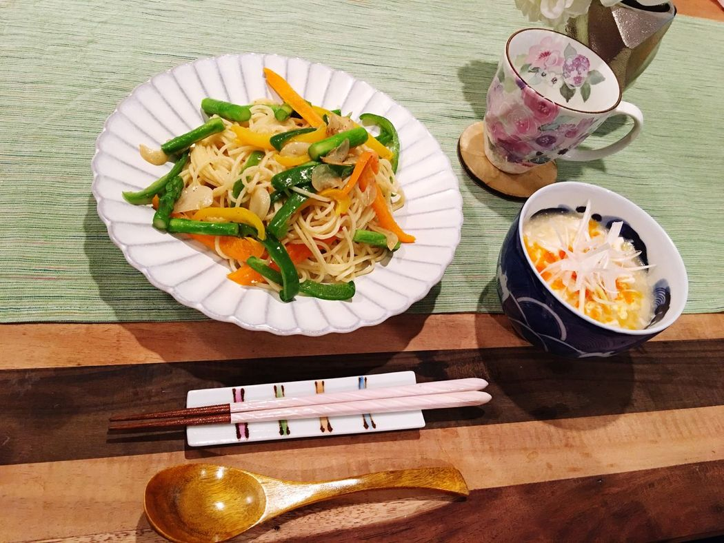 Today's Dinner Peperoncino Hot And Sour Soup Healthy Eating Ready-to-eat Indoors  SoDelicious Food Porn Foodporn My Recipes ペペロンチーニは私の 大好物 であり、 得意料理 😋💕