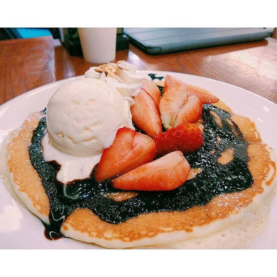 นั่งดูน้องๆรุมทึ้งขนมหวานต่อ😱 Ffxfood