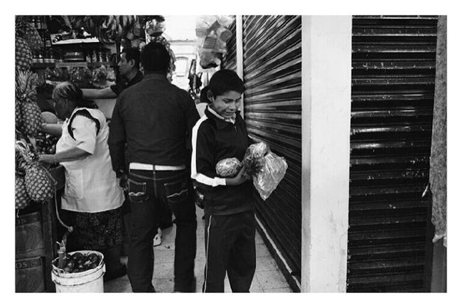 Lifestyles Person Horizontal People Working Mexicanphotographer Real People Mexican Culture Blackandwhite Photography Adult Close-up One Person