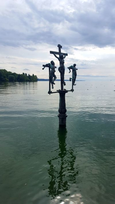 Hello World Mainau Mainau Island Insel Mainau Bodensee Water Reflections Check This Out EyeEm Best Shots Kreuz  Religious Architecture Religion Religious Art