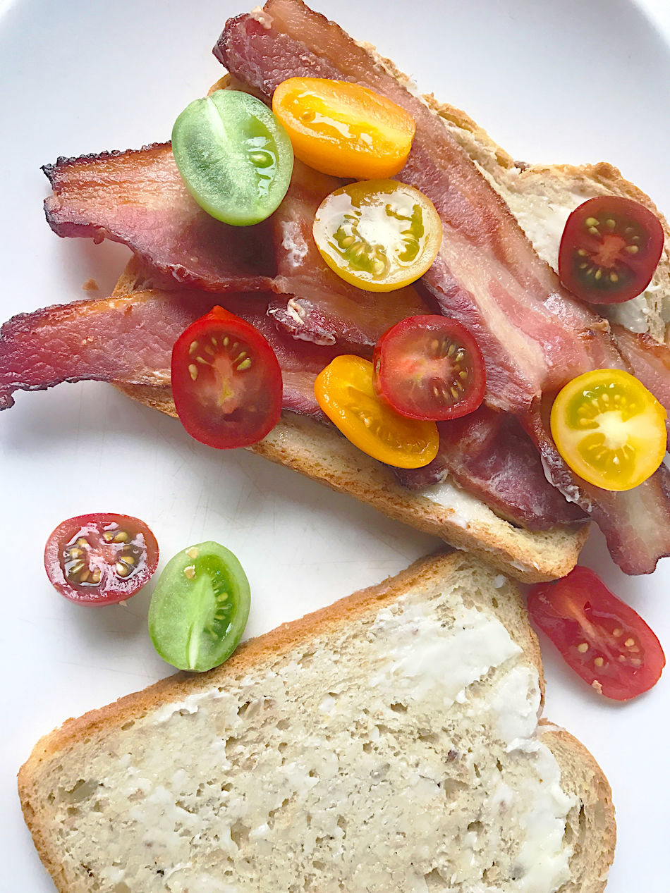 Bacon Sandwich Bread Buttered Bread Cherry Tomatoes Close-up Dinner Freshness Lunch Meal Natural Light No People Overhead Phone Camera Pork Ready-to-eat Savory Food Snack Studio Shot Tasty Textures Vegetables