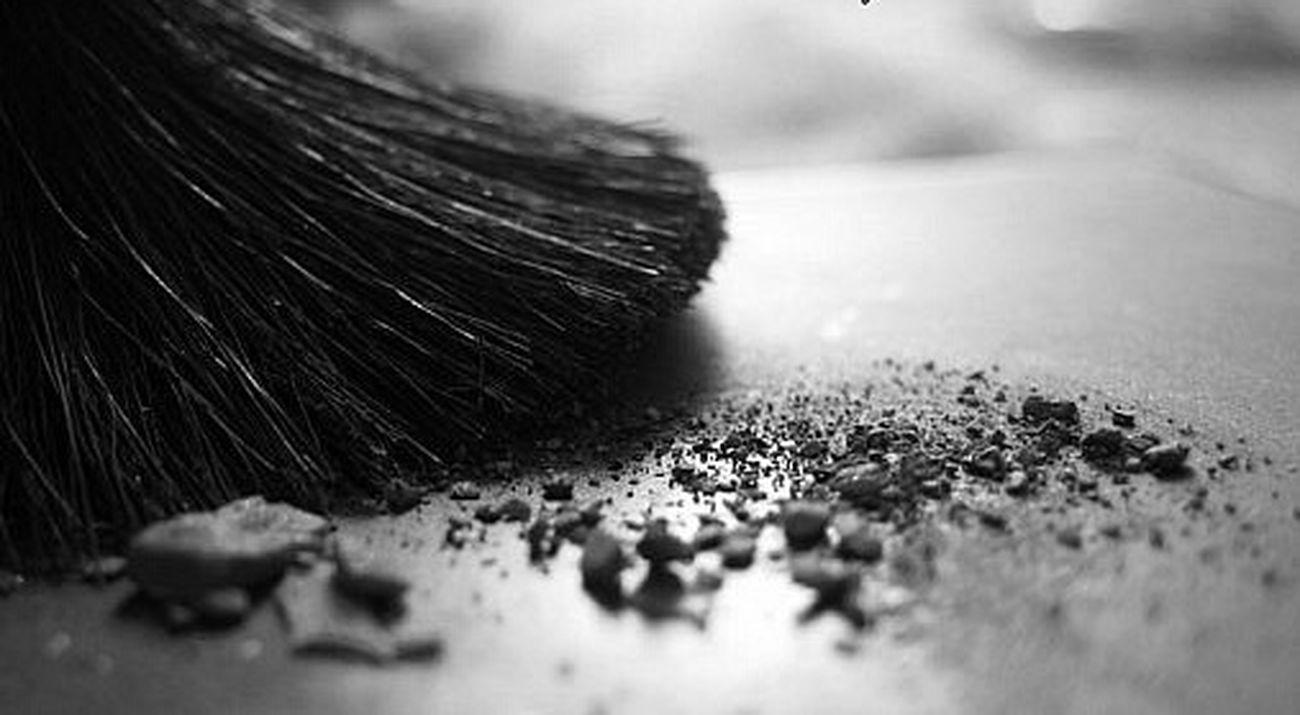 кисть пудра Brush Black And White Light Collection Black & White