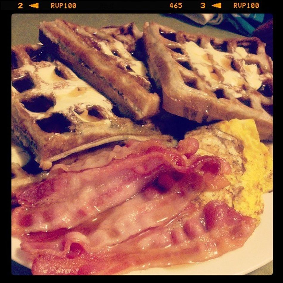Happy birthday to me, I guess lol (even tho my bday isn't for another couple days) Foodporn Waffles Breakfastflow