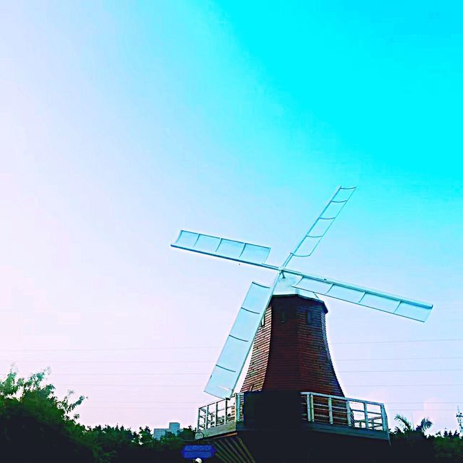 Windmill Houses Wind Turbine Wind Power No People Tall Blue Beautiful Windmill Beautiful Tree