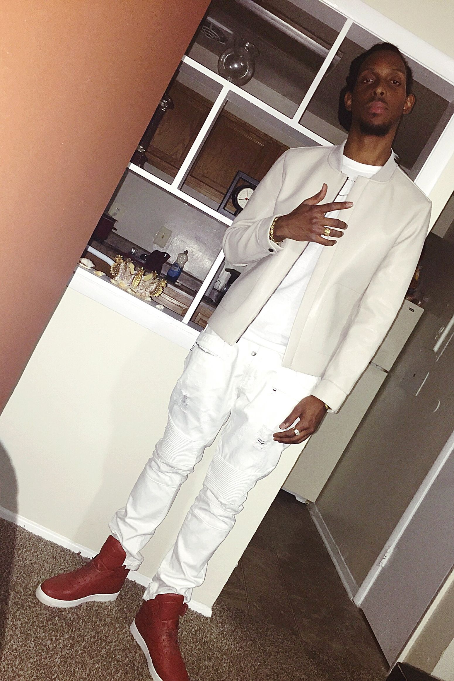 Bday Photo 👉 Zara Leather Jacket White Jeans Birthday Fit  VIP Lounge Justbeforetheclubs Hadfun.