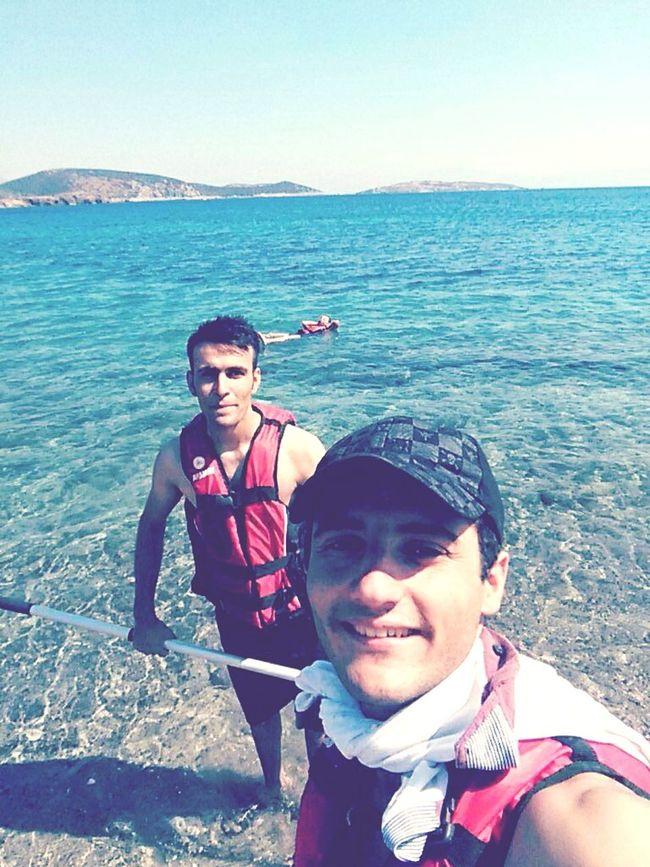 kimine havamız kimine ruzgarımız yeter . ha eğer yetmiyorsa bi sel de getiririz sorun değil ;-) Holiday First Eyeem Photo