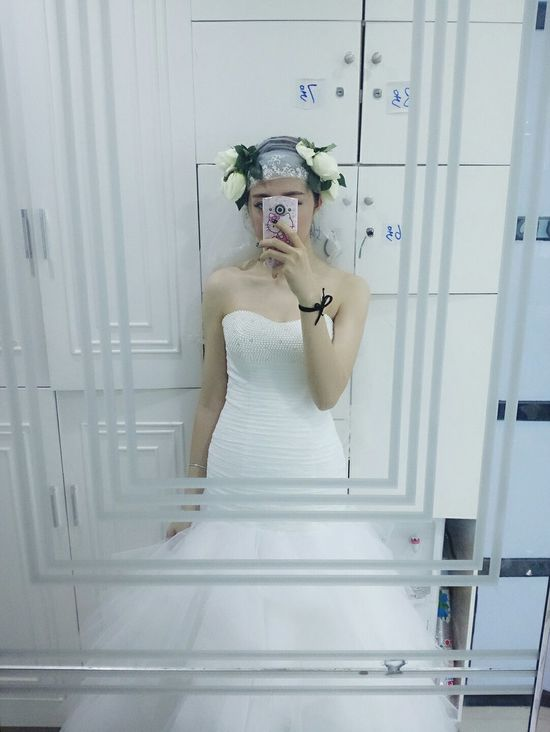 EyeEm Best Shots First Eyeem Photo Nice To Meet You Photo♡ Hello ❤ China Maoming Me Girl Wedding Dress Model Show